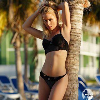 Video Mellanie Kristensen  nude (14 photo), Twitter, cameltoe