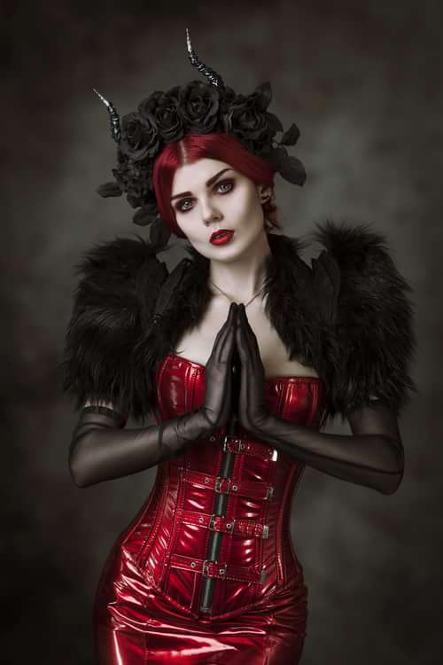 Work  by Silver Pearl Photography, Elisanth, Mywitchery, Samhain Contact Lenses