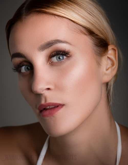 Germanys Next Topmodel candidate Sabrina.  Running like a river while I move to sun #1 08/10   by Raimund Verspohl, Sabrina Rosopulo
