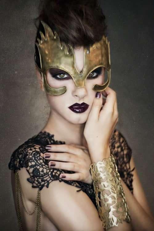 Stellar Beauty - Dark Beauty Magazine #46   by Ivonne Carlo Sellés Starbuck, Alexandra Santiago, Didi Saldaña, Dark Beauty Magazine