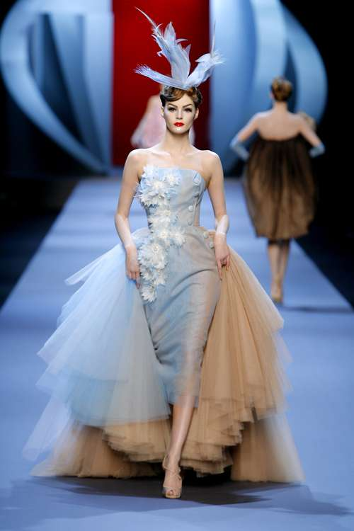 Back gt Gallery For Fashion Show Runway Dresses